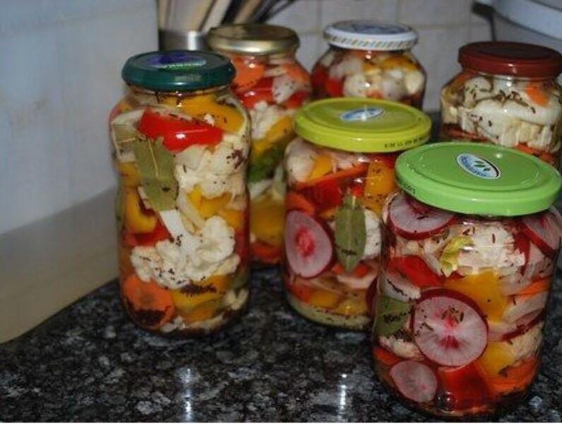 Ассорти из овощей на зиму: 19 рецептов приготовления заготовок со стерилизацией и без