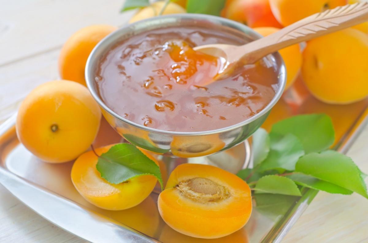 Варенье из абрикосов без косточек на зиму. рецепты королевского абрикосового варенья