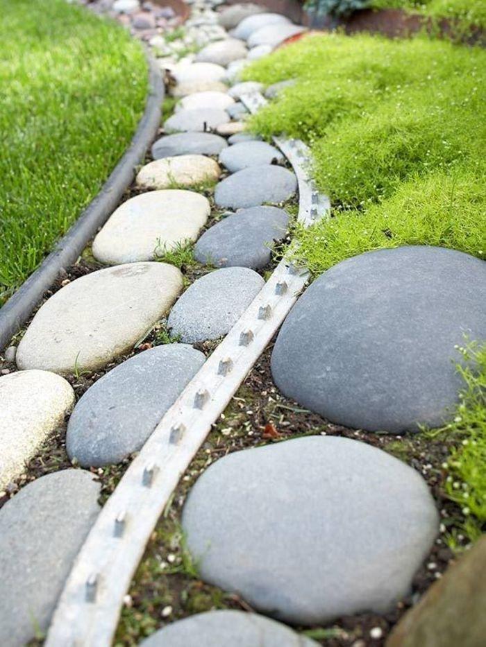 14 вариантов / материалов, из чего можно сделать садовую дорожку