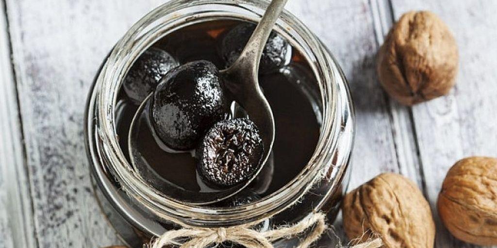 Варенье из грецких орехов в разном исполнении
