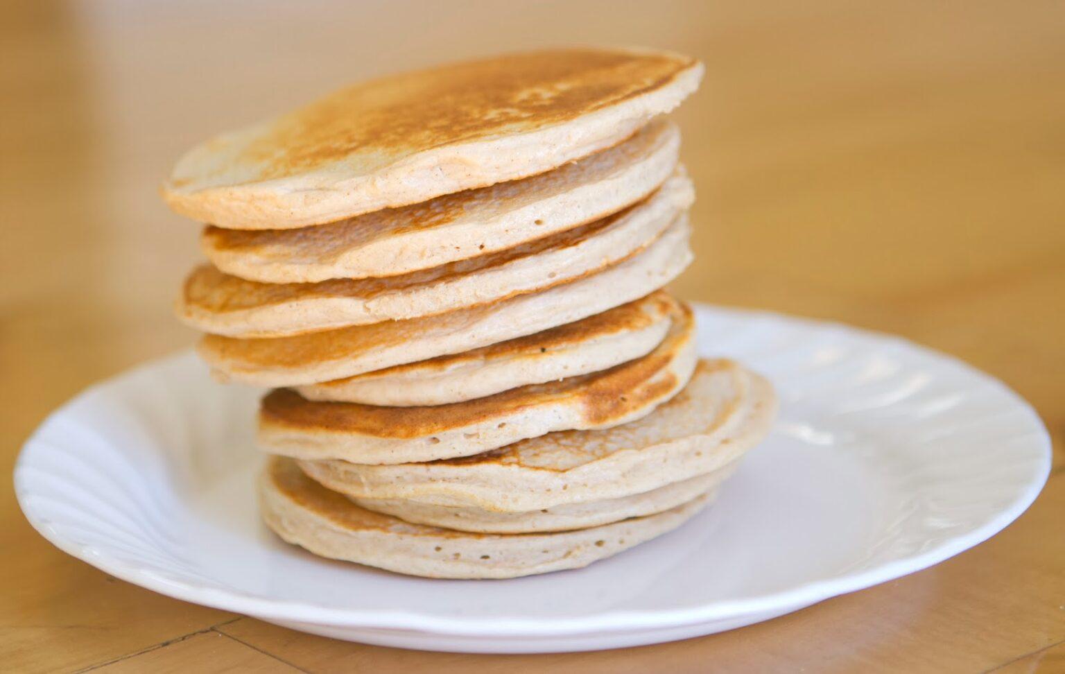 Блины из овсяной муки: несколько рецептов диетического блюда