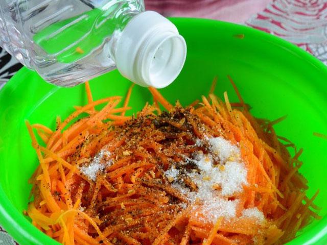 Морковь по-корейски на зиму в банках: лучшие рецепты корейской морковки, сроки и условия хранения, полезные советы