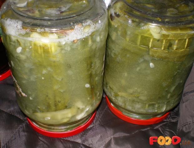 Огурцы в томате на зиму - 6 обалденных рецептов