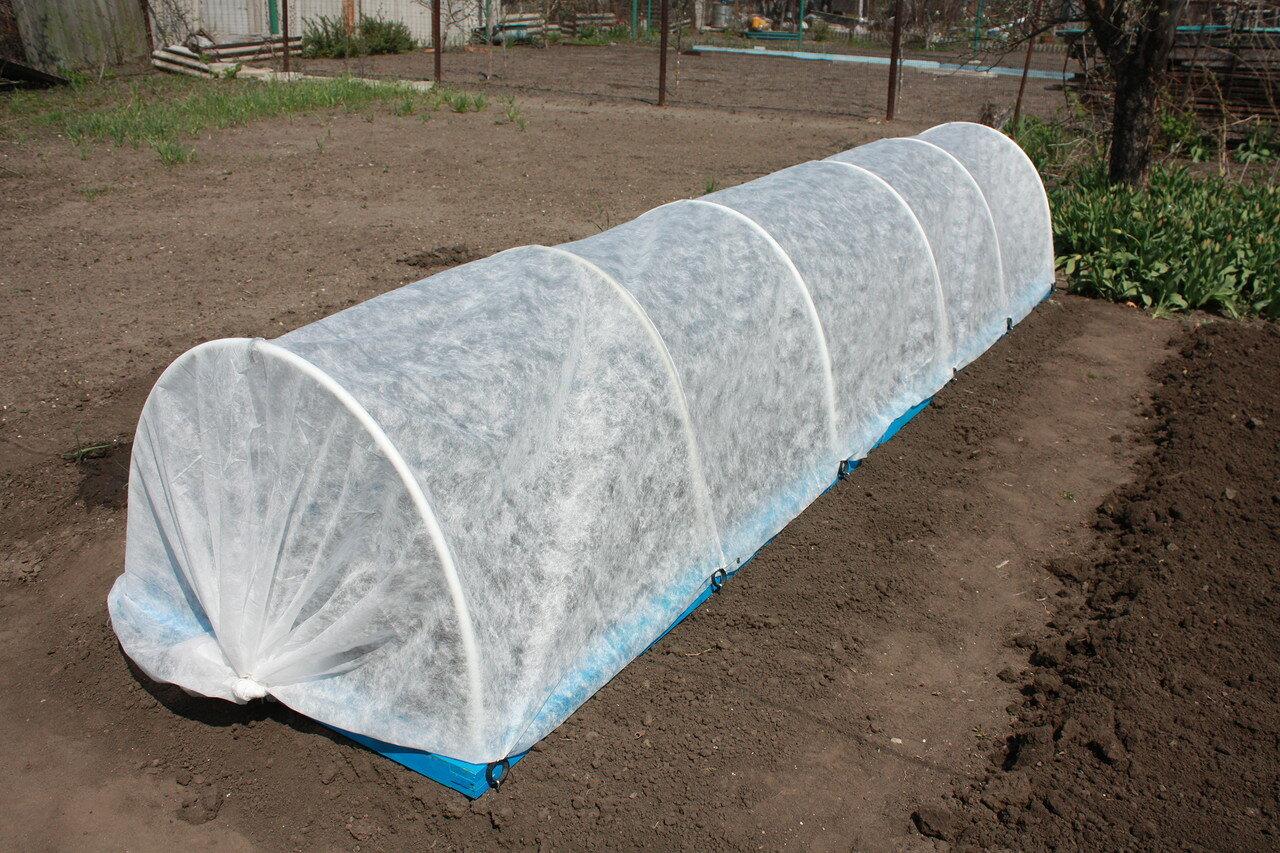 ✅ об огурцах под укрывным материалом: посадка и выращивание под спанбондом - tehnomir32.ru
