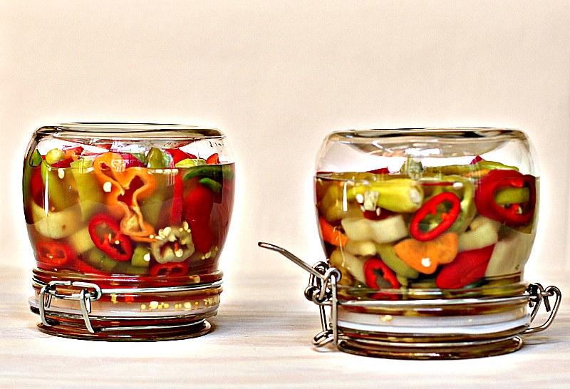 Простые и вкусные рецепты маринованного перца на зиму