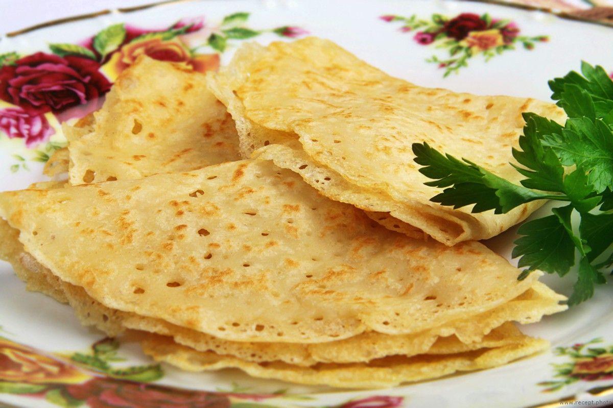 7 отличных рецептов блинов на воде - лайфхакер
