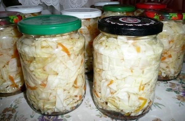 Очень вкусные рецепты капусты, маринованной на зиму в банках, и все секреты ее приготовления