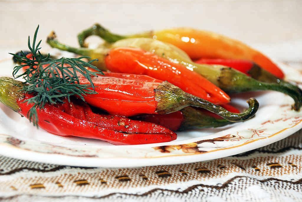 Маринованный перец быстрого приготовления на зиму: 6 простых рецептов с фото