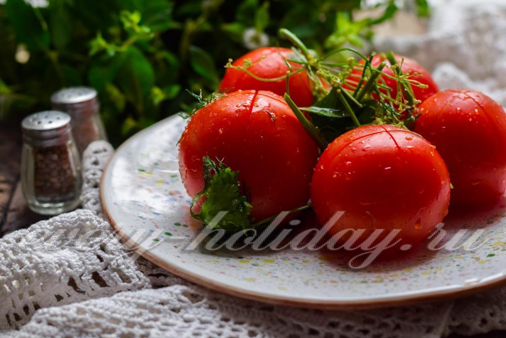 Помидоры в пакете: 6 вкусных и быстрых рецептов помидоров с чесноком и укропом