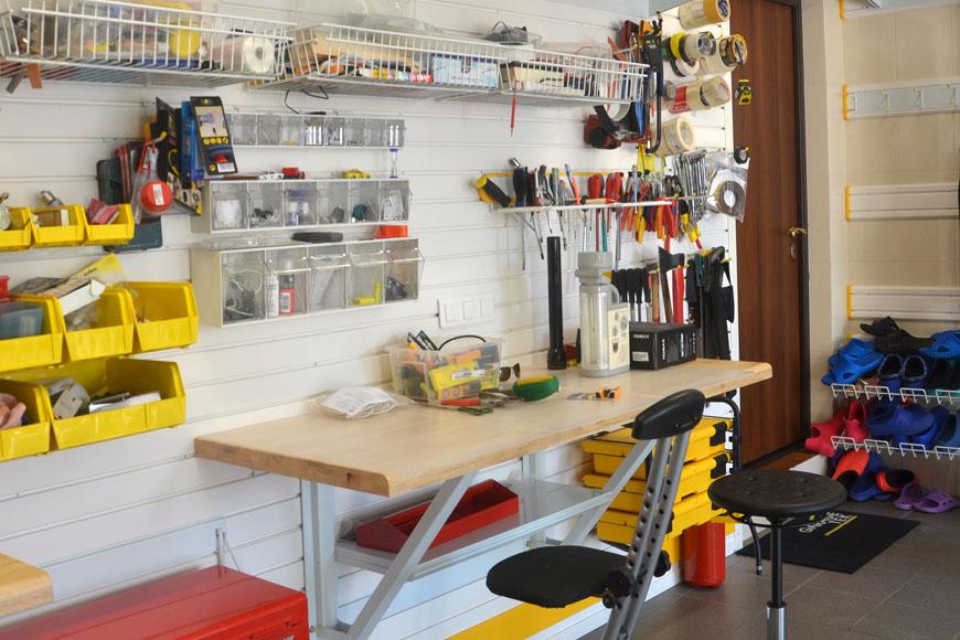 Обустройство гаража: 85 фото как грамотно обустроить гаражное хозяйство своими руками