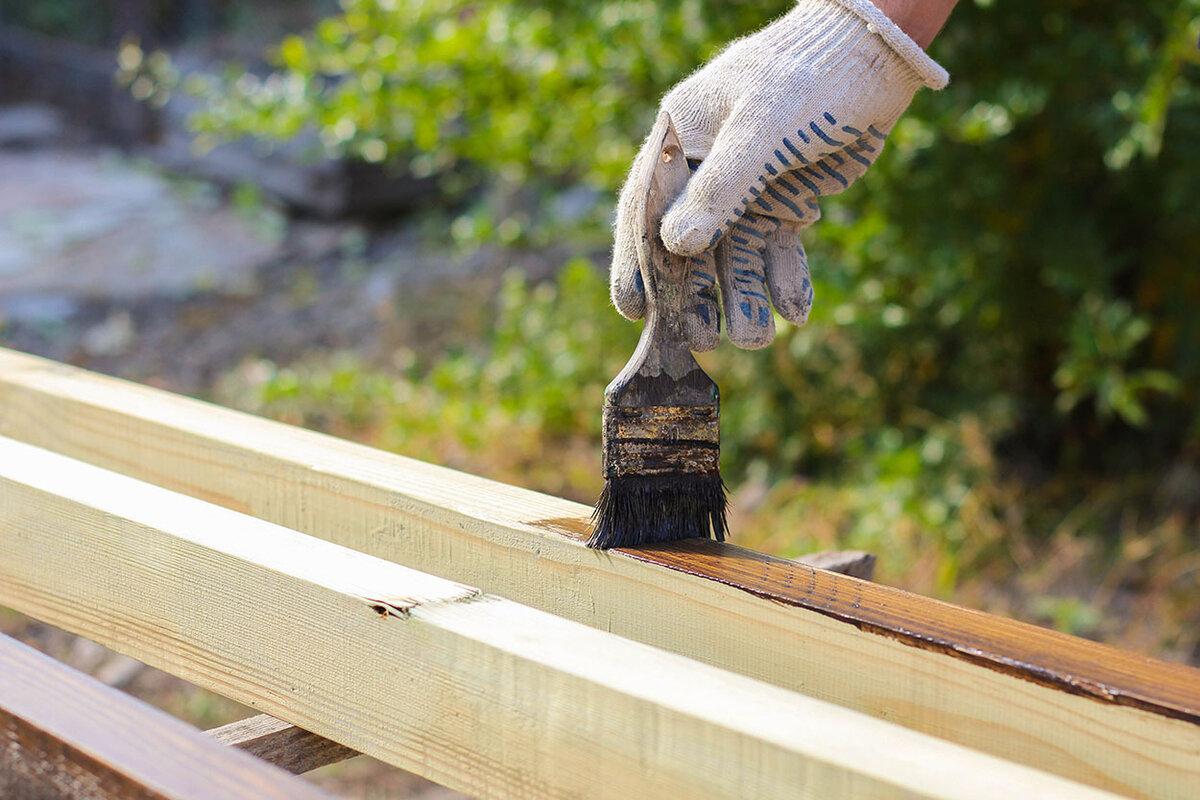 Защита древесины от влаги, огня, насекомых и гниения: обзор средств