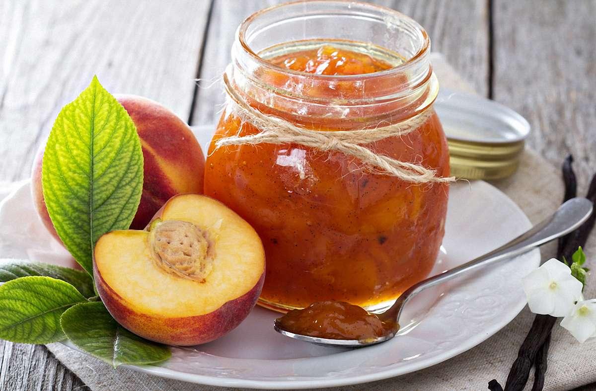 Рецепты персиков на зиму с фото - консервирование плодов целиком и половинками