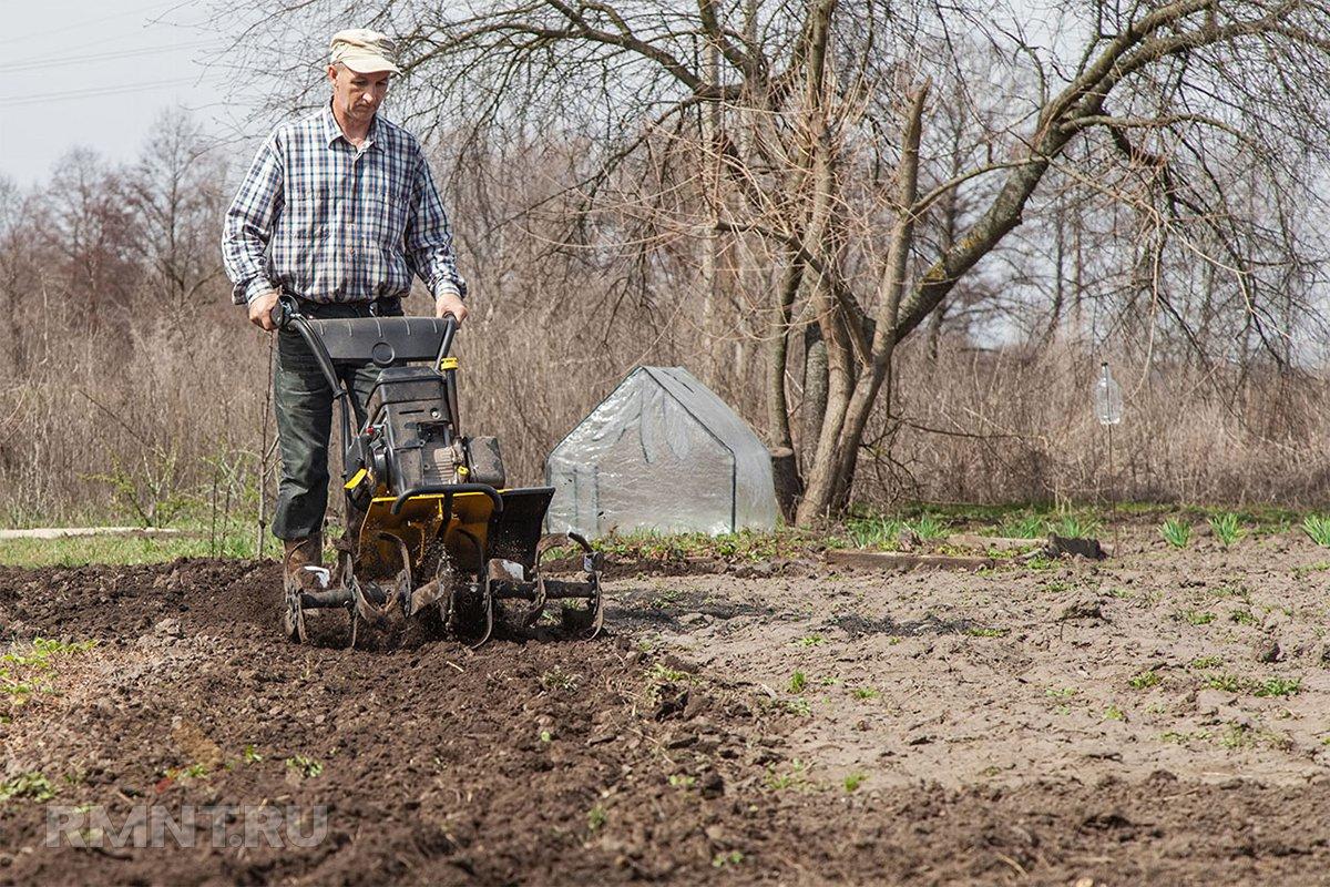 Как правильно перекапывать землю в огороде и нужно ли – советы агрономов и правила выполнения