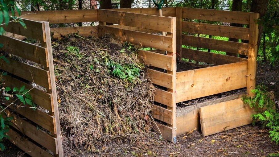 Секреты чистых удобрений: как правильно сделать и наполнить компостную яму