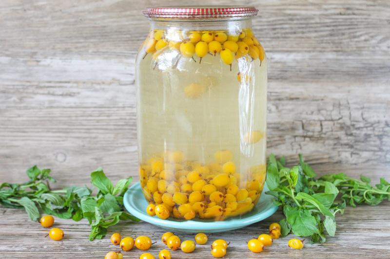 Рецепты вкусного компота из облепихи на зиму. обсуждение на liveinternet