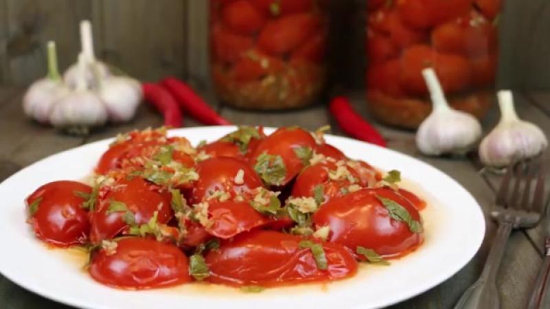 Хреновина из помидор и хрена с чесноком - рецепты, чтоб не закисла