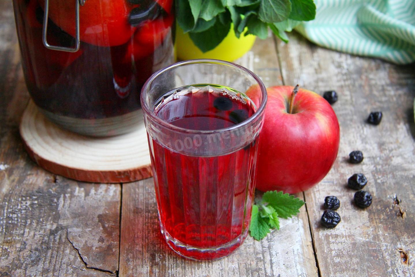 Компот из яблок и вишни: топ 5 рецептов на зиму, как приготовить с фото и видео
