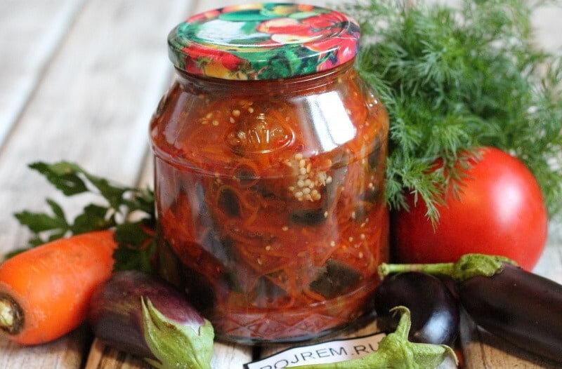 Как заготовить на зиму маринованные огурцы в аджике без стерилизации и по-кавказски, рецепты