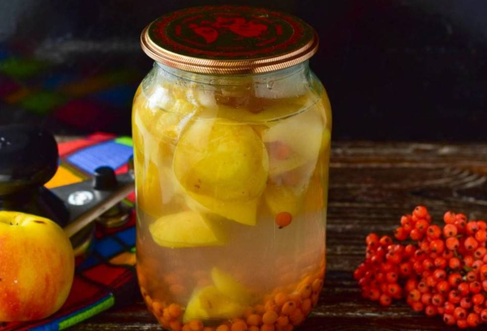 Простой рецепт приготовления компота из морошки на зиму - всё про сады