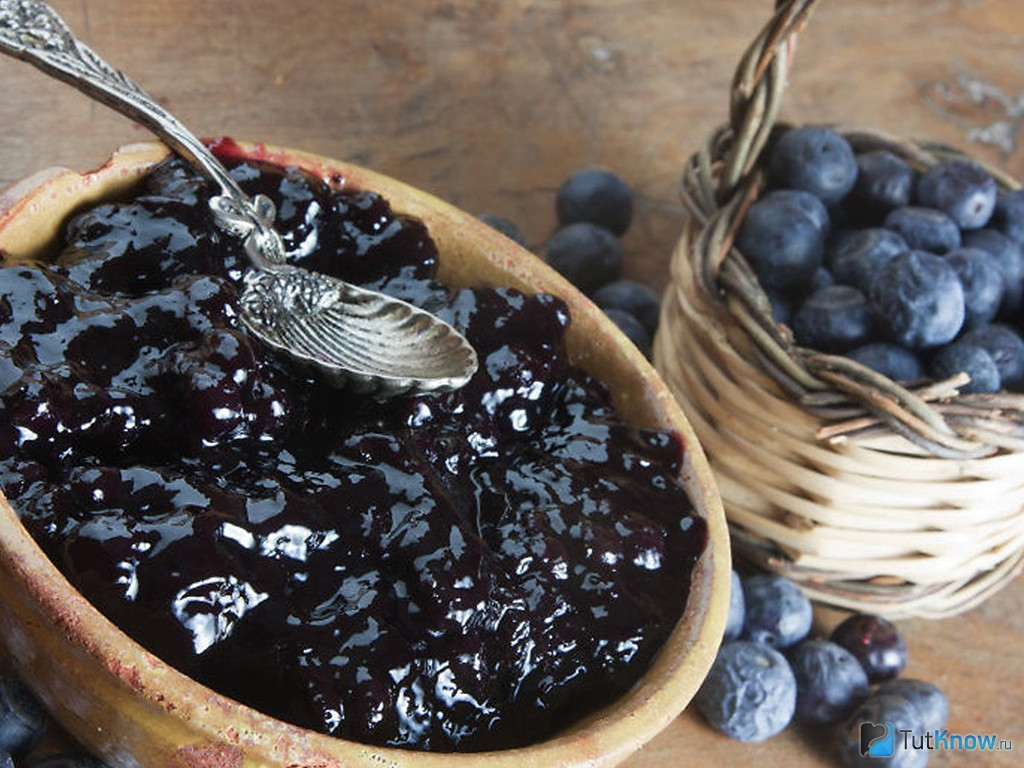 Простой пошаговый рецепт варенья из черники «пятиминутка» на зиму