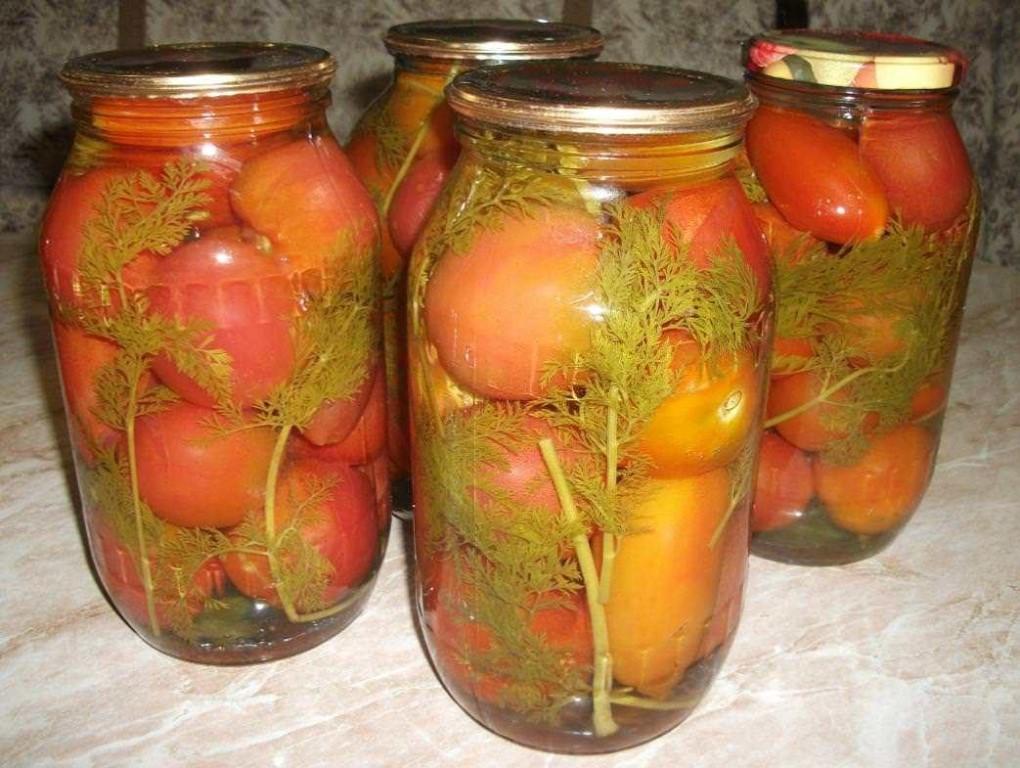Рецепт помидор с морковной ботвой на литровую банку