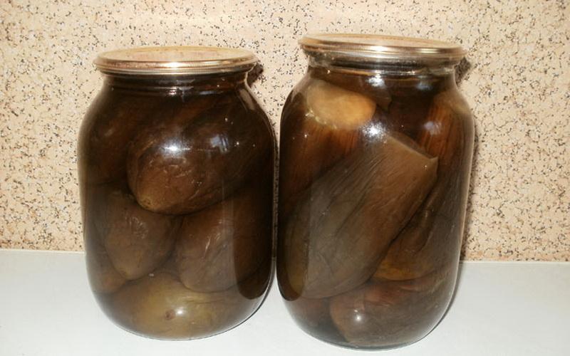 Как солить баклажаны в банках на зиму: простые рецепты