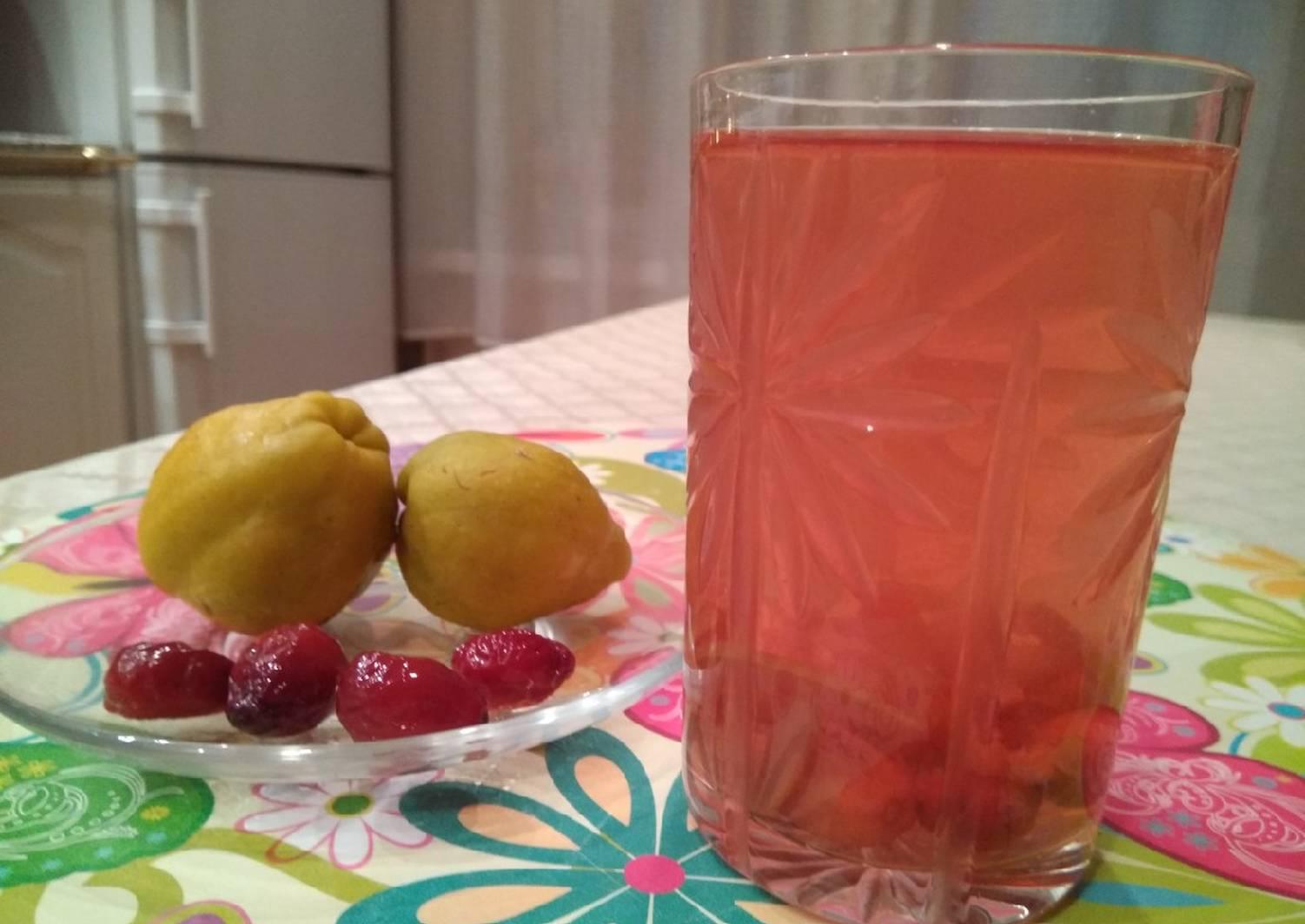 Компот из яблок и кизила на зиму - 11 пошаговых фото в рецепте
