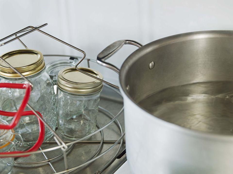 Стерилизация банок в домашних условиях — 12 простых способов