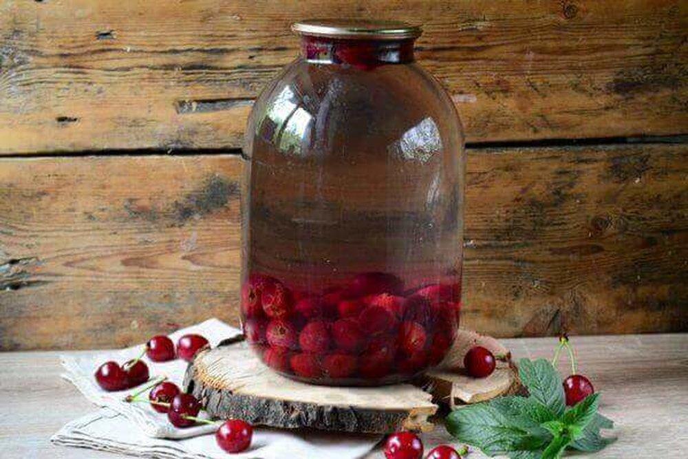 Рецепт приготовления вкусного компота из ирги на зиму