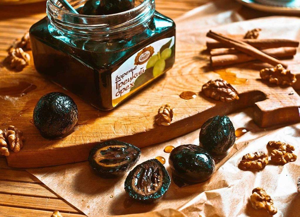 Варенье из грецких орехов: состав, польза и рецепты