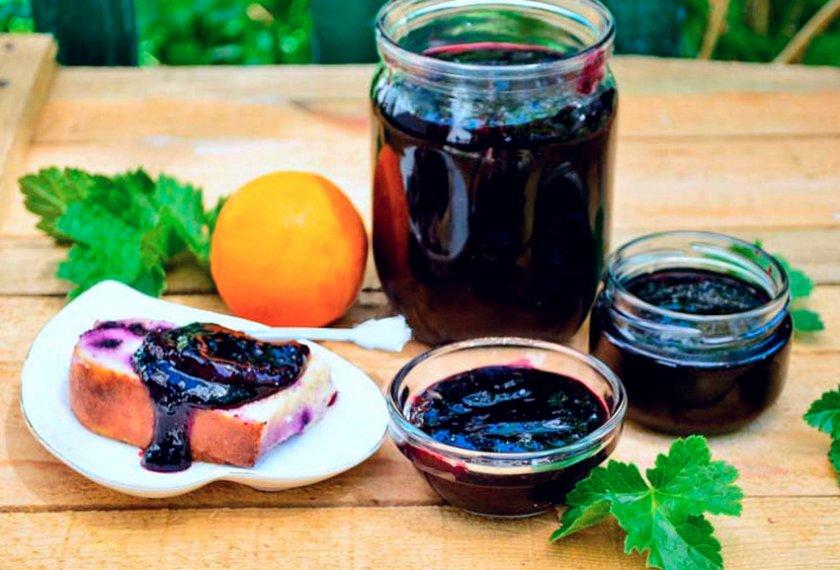 Варенье пятиминутка из черной смородины на зиму: рецепт и фото