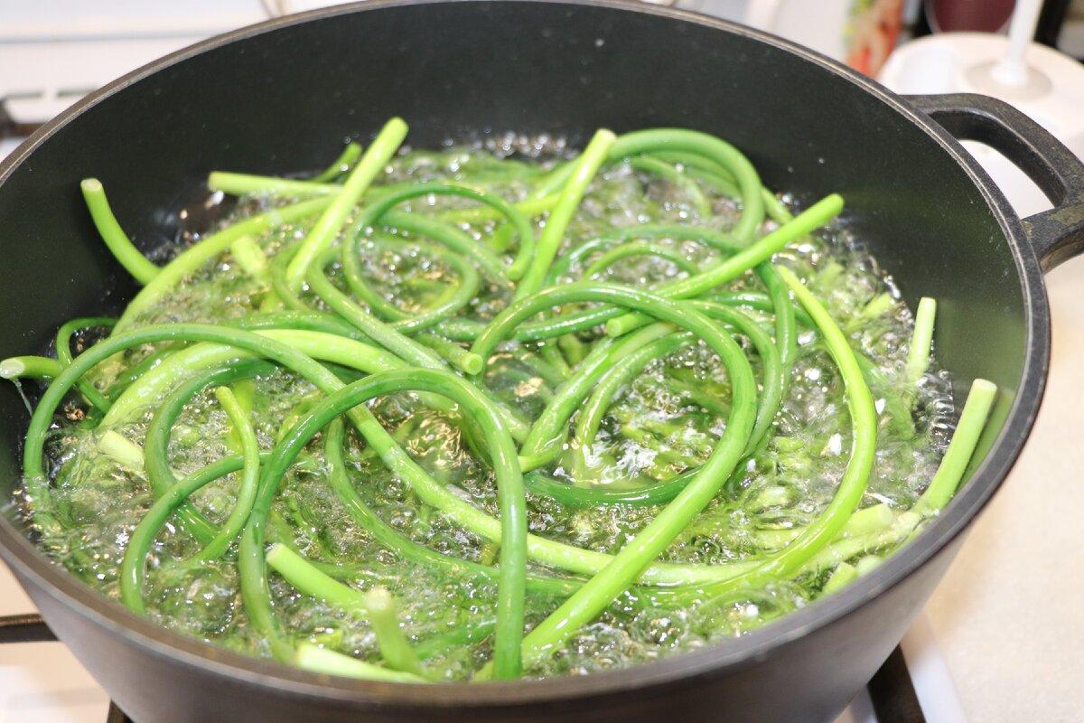Чесночные стрелки: 13 рецептов приготовления. что приготовить из стрелок чеснока - будет вкусно! - медиаплатформа миртесен