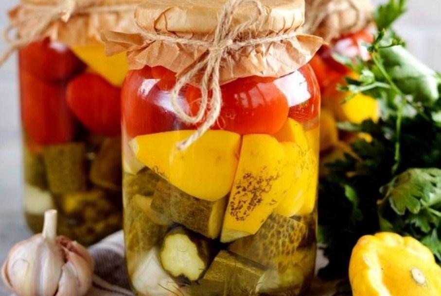 Сладкие маринованные огурцы на зиму - 7 очень вкусных рецептов