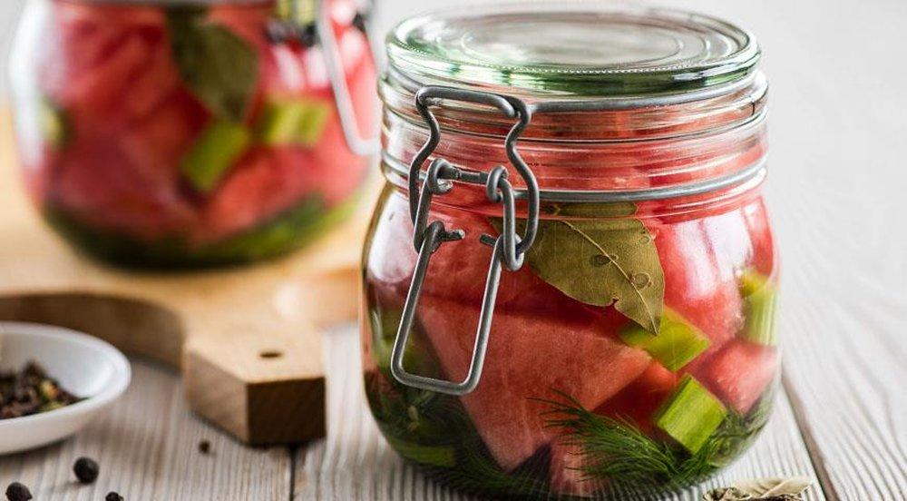 Заготовки из арбуза — что можно приготовить на зиму не только из арбузной мякоти, но и из корок