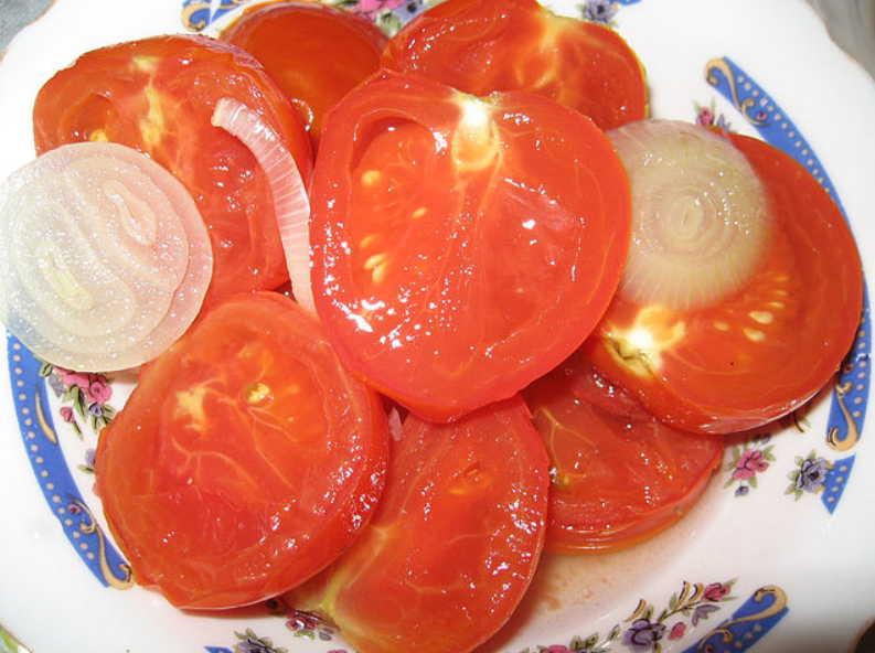 Помидоры в желе: пятерка лакомых рецептов