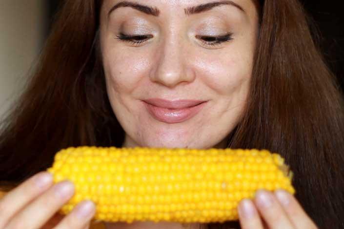 Есть ли от кукурузы польза и может ли она нанести вред здоровью человека? состав и свойства продукта