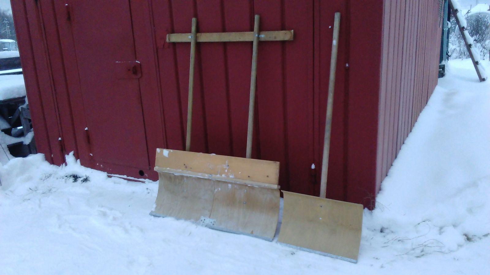 Лопата для чистки и уборки снега: критерии выбора, как сделать лопату своими руками