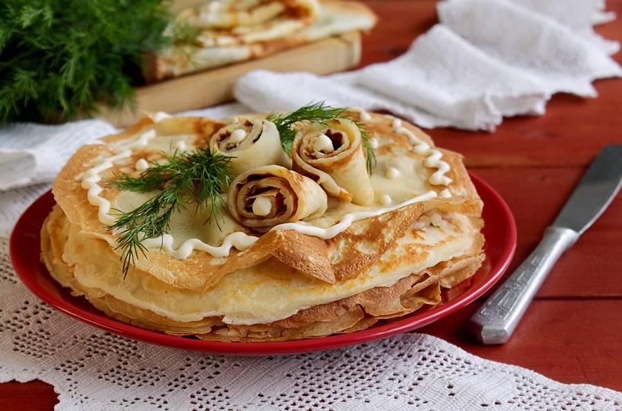 Лучшие рецепты вкусных начинок для фаршированных блинчиков. как красиво завернуть и украсить блинчики с разными начинками для праздничного стола: варианты, фото