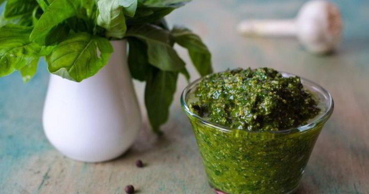 Как заготовить базилик на зиму: заморозка, сушка и консервация