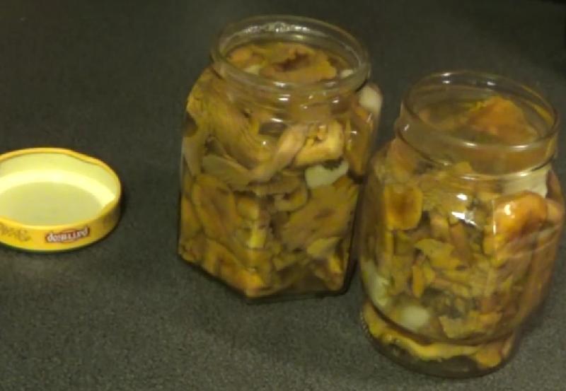 Маринованные лисички на зиму: пошаговые рецепты с фото