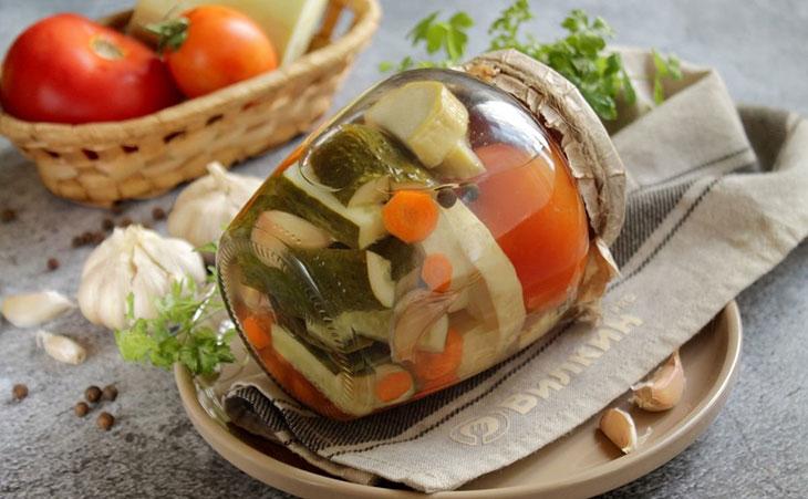 Ассорти из овощей на зиму