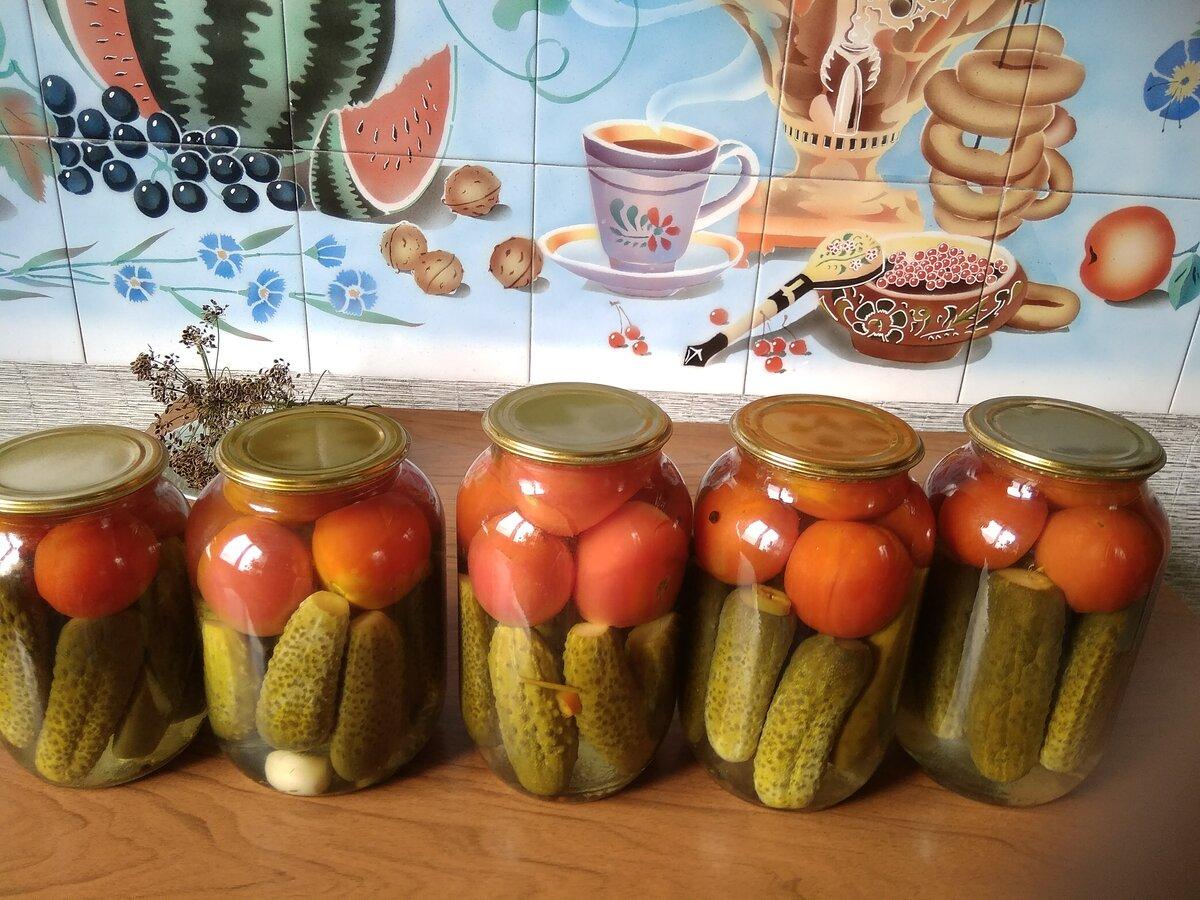 Ассорти из огурцов и помидоров на зиму — самые вкусные рецепты - ешь твори люби