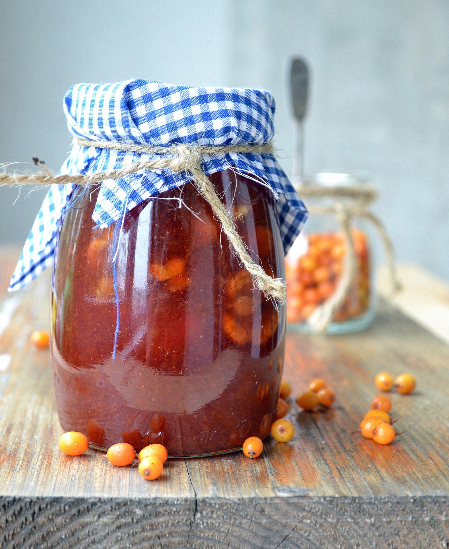 Компот из облепихи и яблок: 6 лучших рецептов приготовления на зиму