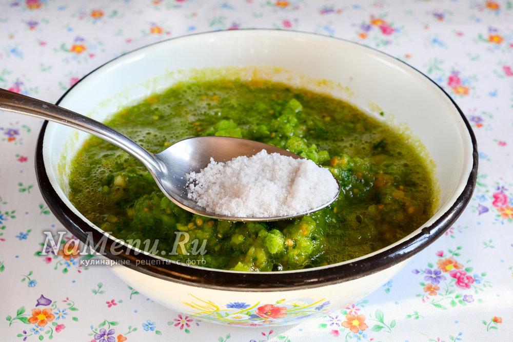 Аджика из зеленых помидор на зиму: объедение с приправами, овощами и фруктами