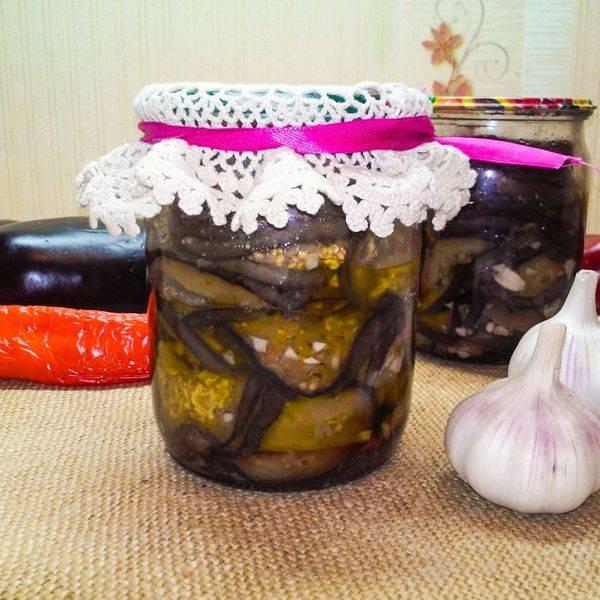 Салат на зиму из баклажан и фасоли (очень вкусный)