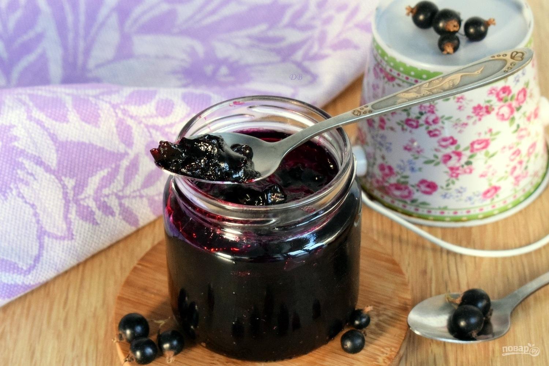 Желейное варенье из черной смородины