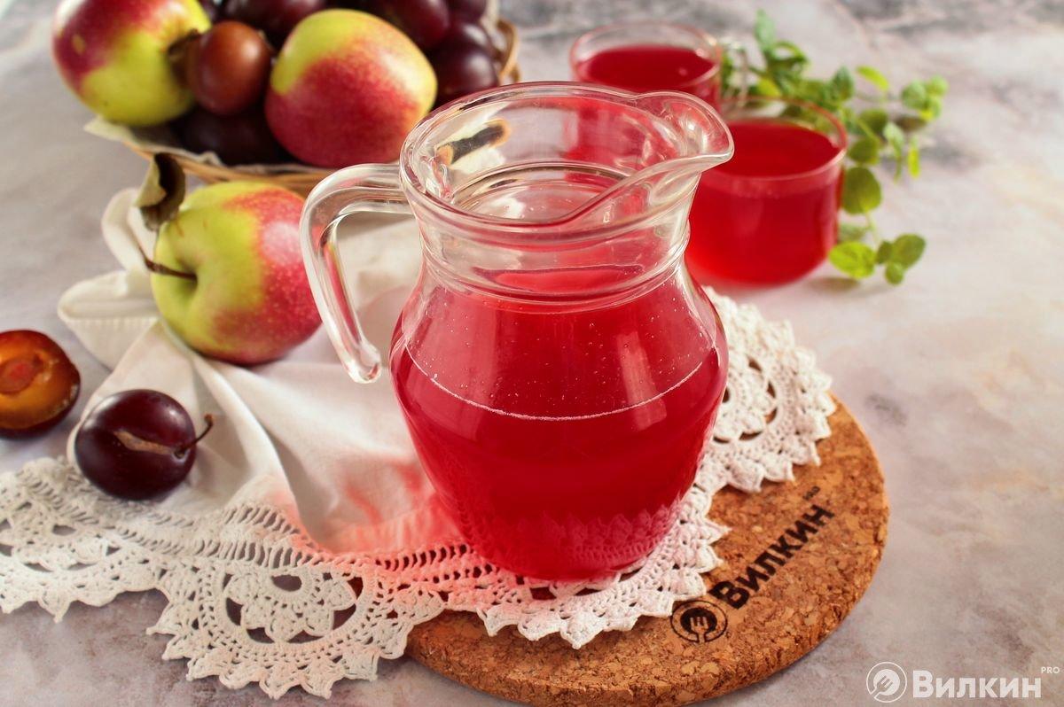 Как заготовить компот из яблок на зиму: 7 рецептов и 7 секретов - лайфхакер