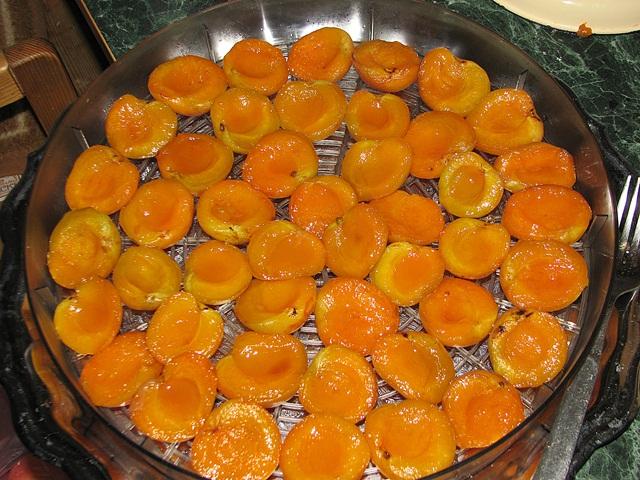 Как сушить абрикосы своими руками: способы приготовления и методы сушки абрикос с косточкой и без (видео + 110 фото)