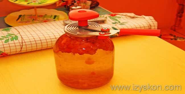 Рецепт приготовления вкусного компота из морошки на зиму