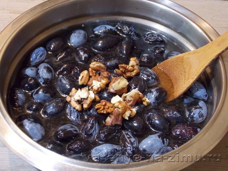 Варенье из зеленых молодых грецких орехов с кожурой, рецепт пошагово с фото — польза и вред заготовки
